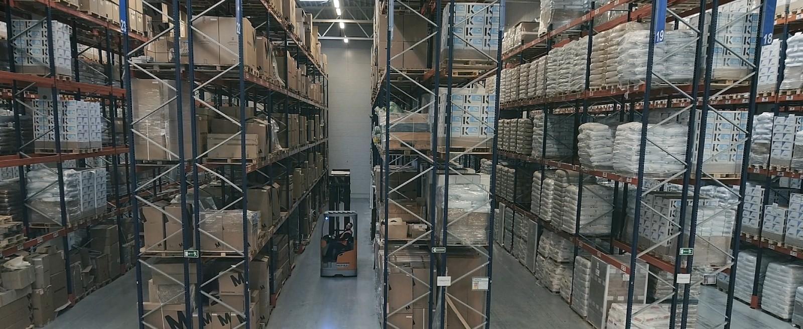 Fresh warehouse pic